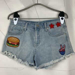 Mossimo distressed cutoff denim shorts 6 ✌️ 🍔 ⭐️
